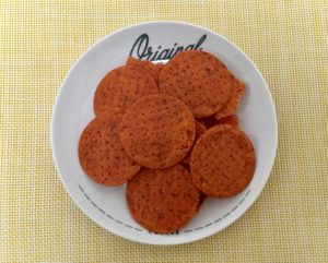 ローソンのパリパリ食感のトマトチップス