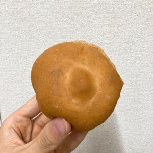 ローソンのもち麦パン(バター入りマーガリンサンド)
